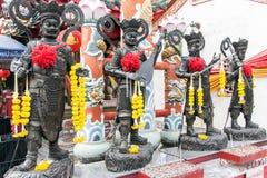 Viele der chinesischen Gottstatue stockfoto