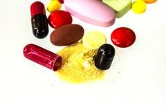 Viele färben Pillen Stockfotografie