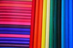 Viele färbten Bleistifte Lizenzfreie Stockbilder
