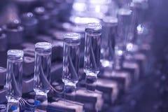 viele Flaschen Medizin Stockfoto
