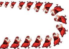 Viele furchtsamen Sankt, die weg gehen und ein Weihnachtsspielzeug in ihren Händen halten Lizenzfreies Stockbild