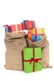 Viele Geschenke in den Beuteln Stockfotografie