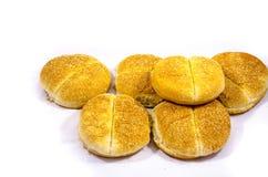 Viele Hamburgerbrötchen mit den Samen, die, versuchen gegessen nicht zu erhalten Stockfotos