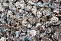 Viele Hershey-Schokoladen-Küsse Lizenzfreies Stockfoto