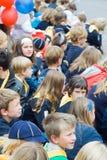 Viele Kinder auf der Straße, Brügge Lizenzfreies Stockbild