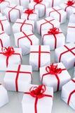 Viele kleine Weihnachtsgeschenke Stockfotografie