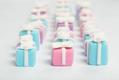 Viele kleinen Geschenke, Zuckerwaren stockfotografie