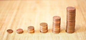Viele Münzen in einem Stapel Lizenzfreies Stockfoto