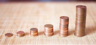 Viele Münzen in einem Stapel Stockfoto