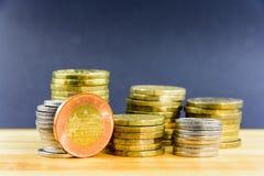Viele metallische tschechische Münzen Lizenzfreies Stockbild