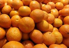 Viele Orangen Lizenzfreie Stockfotos