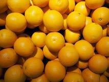 viele Orangenbälle Stockfotos