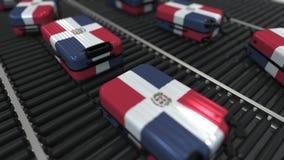Viele Reisekoffer, die Flagge der Dominikanischen Republik auf Rollenbahn kennzeichnen Tourismus bezog sich Begriffs-3D stock abbildung