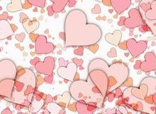 Viele roten kleinen Herzen auf weißen Hintergründen Stockbild