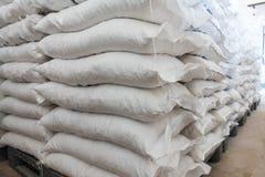 Viele Taschen des Alauns im Speicher lizenzfreies stockfoto