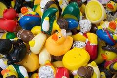 Viele verschiedenen Spielzeugenten Lizenzfreies Stockfoto