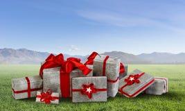 Viele Weihnachtspakete Stockfoto