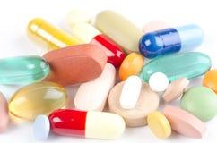 Vielzahl der Drogepillen und -vitamine Lizenzfreies Stockbild