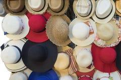 Vielzahl der Hüte Stockfotos