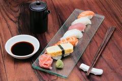 Vielzahl der Sushi-Kultur Stockbilder