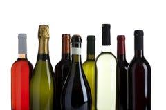 Vielzahl der Wein- und Champagnerflaschen trennte Lizenzfreie Stockfotos