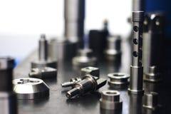 Vielzahl von Metall-procucts in der Fabrik Lizenzfreie Stockfotos