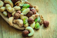 Vielzahl von Nüssen: Acajoubaum, Pistazie, Mandel Lizenzfreie Stockfotos