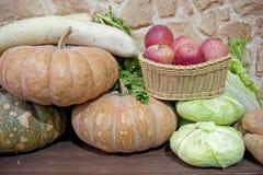 Vielzahl von Obst und Gemüse von Stockfoto