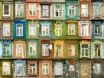 Vielzahlfenster von der russischen Stadt Murom Lizenzfreies Stockfoto