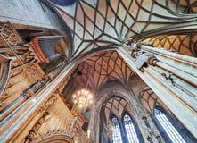 VIENA, ÁUSTRIA - 8 DE SETEMBRO DE 2017 Interior da catedral do ` s de St Stephen, Viena fotografia de stock