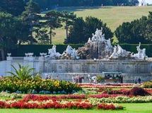 VIENA, ÁUSTRIA - 8 DE SETEMBRO DE 2017 Palácio famoso de Schonbrunn em Viena, Áustria fotos de stock royalty free
