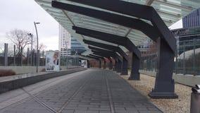 VIENA, ÁUSTRIA - DEZEMBRO, centro moderno do escritório 25 telhou o corredor Fotografia de Stock Royalty Free