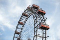 Viena, Austria 5 de junio de 2018: Ferris Wheel famoso del parque de Viena Prater llamó Wurstelprater fotos de archivo libres de regalías