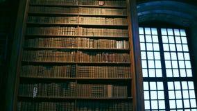 VIENA, AUSTRIA - DICIEMBRE, 24 interiores tiraron de biblioteca nacional austríaca imágenes de archivo libres de regalías