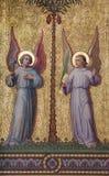 Viena - fresco simbólico dos anjos fotos de stock