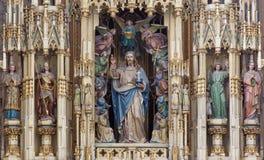 Viena - Jesus Christ como o rei do mundo na igreja de Augustnierkirche ou de Augustinus imagem de stock royalty free