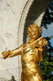Viena: Monumento de Strauss   Foto de Stock Royalty Free