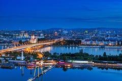 Viena panorámica en la noche Fotografía de archivo libre de regalías