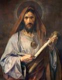 Viena - pintura del santo Jude Thaddeus del apóstol de la capilla lateral de la iglesia de Schottenkirche imagen de archivo libre de regalías