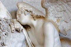 Vienna - angelo dalla tomba in Augustnierkirche immagini stock libere da diritti