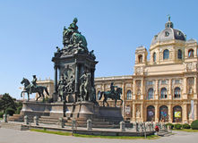 VIENNA – AUGUST 8: Maria-Theresien-Den kmal - Maria Theresia m Stock Image