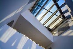 Vienna, Austria 2 03 2019 Biblioteca dell'universit? economica Costruzione moderna all'interno fotografie stock libere da diritti