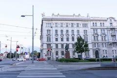 VIENNA, AUSTRIA - 16 MAGGIO 2016: via della città immagini stock libere da diritti