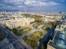 VIENNA, AUSTRIA - 7 OTTOBRE 2016: Museo di storia naturale e di Maria Theresien Platz Museo Wien di Kunsthistorisches Grande publ immagine stock libera da diritti