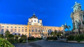 Vienna, Austria: vista di notte della storia del museo di arte a Vienna fotografie stock