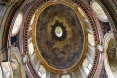 Vienna - cupola della chiesa barrocco immagine stock libera da diritti