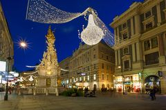Vienna - famous Graben street at night stock images