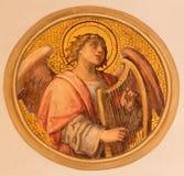 Vienna - l'affresco dell'angelo con la cetra da Josef Kastner il più giovane da 20 centesimo nella chiesa Muttergotteskirche immagine stock libera da diritti