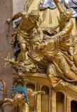 Vienna - scultura di Martyrium di St John il Nepomuk sull'altare laterale della chiesa barrocco di St Peter Fotografie Stock Libere da Diritti