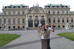Vienna traveling couple Royalty Free Stock Photography
